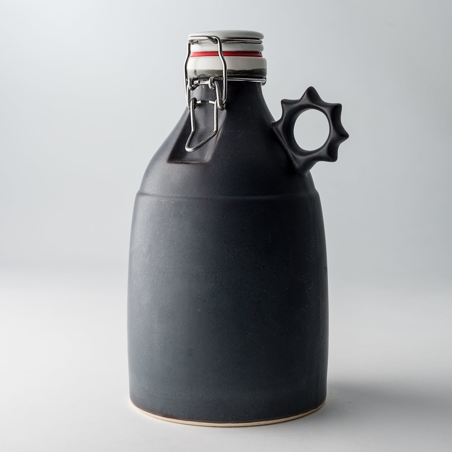 Image of 32 oz. satin grey sprocket growlette from Portland Growler Company