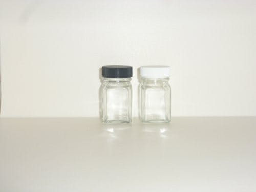 1oz. Flint French Sq. - French squares - sold by Cape Bottle Company, Inc.