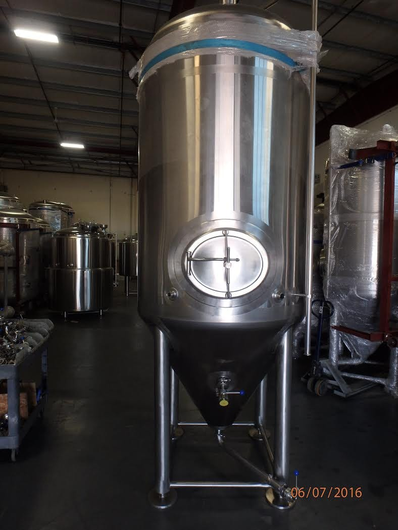 20 bbl jacketed fermenter Fermenter sold by GLACIER TANKS