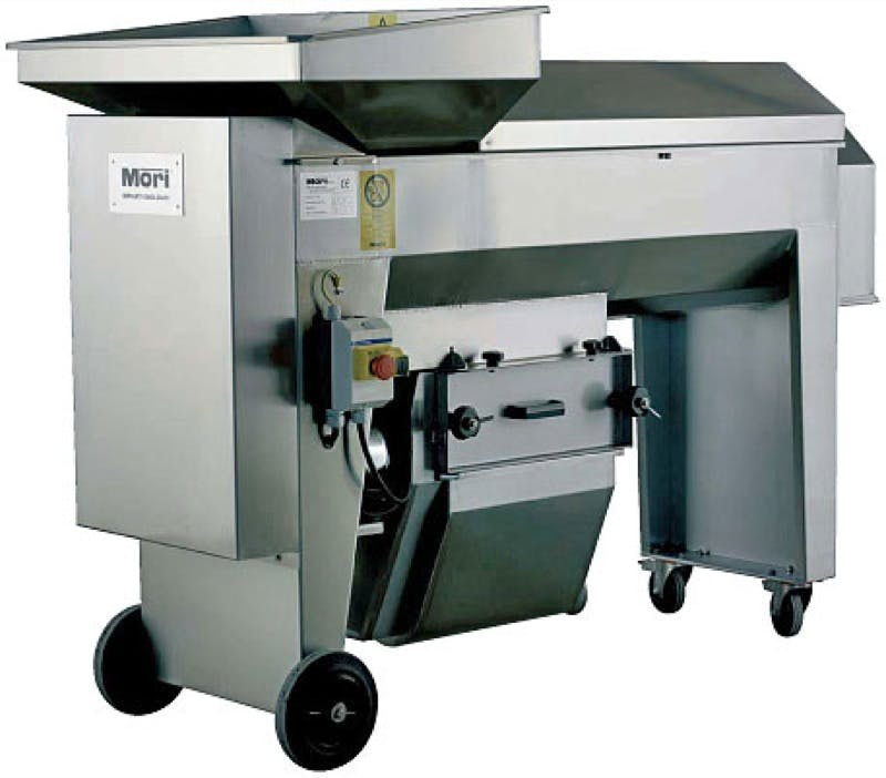 Mori R30 Destemmer/Crusher (3-5 TPH) - sold by The Compleat Winemaker