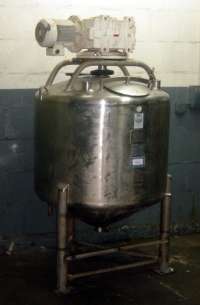 Stainless Fabrication Inc. 200 gallon stainless steel processing vessel Mixing tank sold by Union Standard Equipment Co