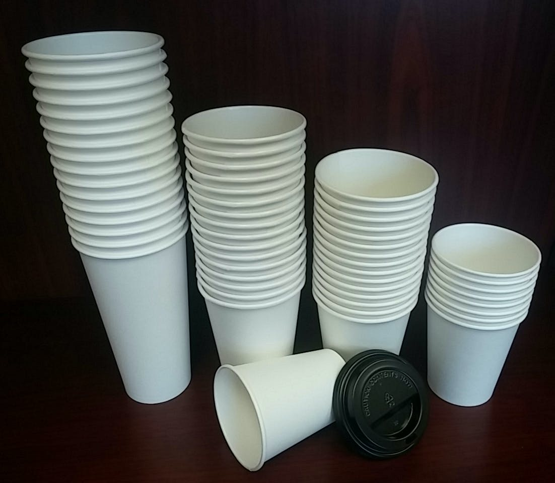 White paper hot cups Disposable cup sold by YESPAC Inc.