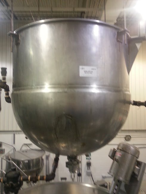 Suspended Jacketed tank - 225 litres (59 gallons) Food tank sold by Aevos Equipment