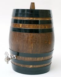 VERTICAL BARRELS OF 16 LITERS Whiskey barrel sold by TONECOR SL