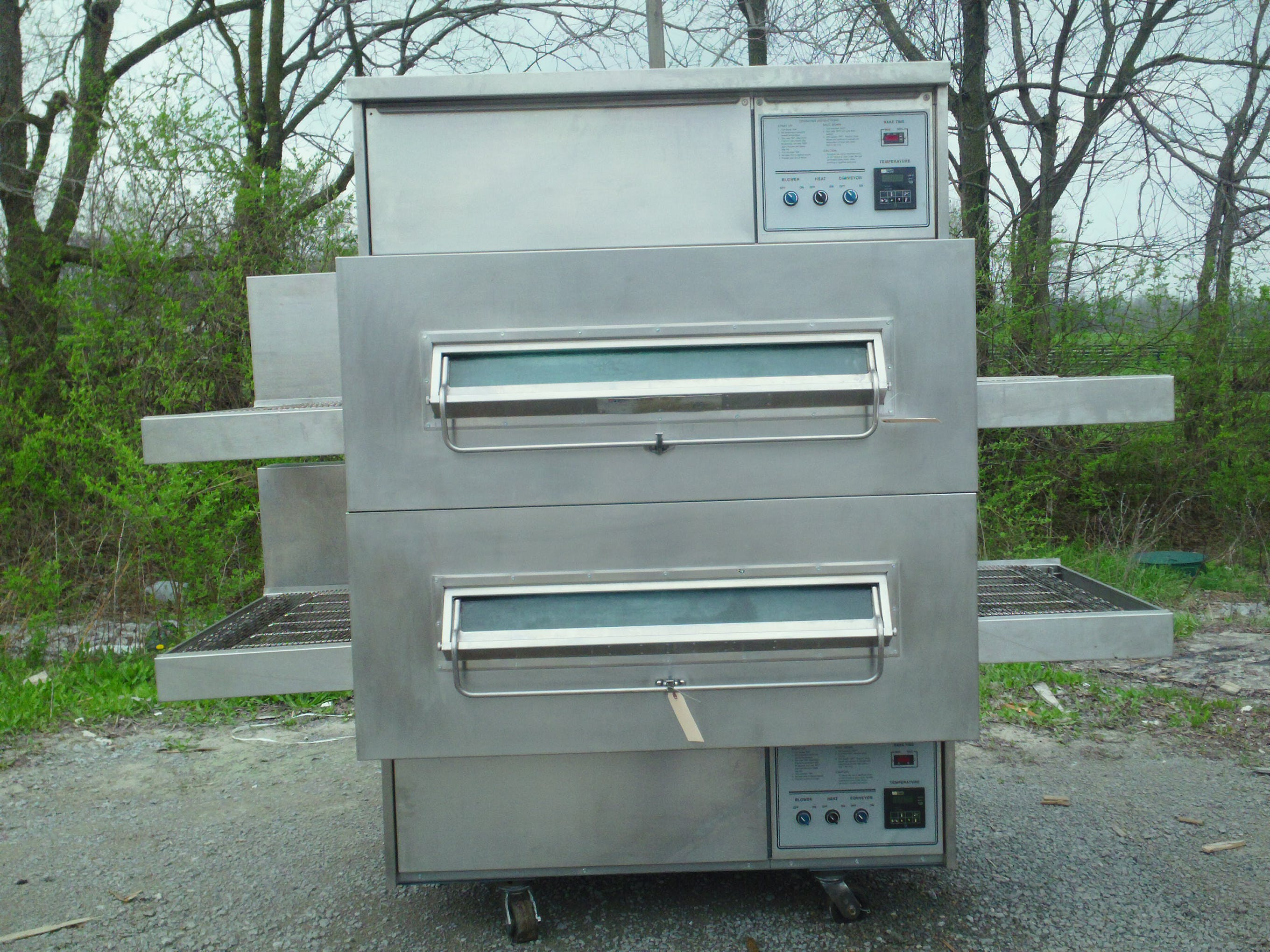 Pre-Owned Middleby Marshall PS-360 Gas Conveyor Ovens Commercial oven sold by pizzaovens.com