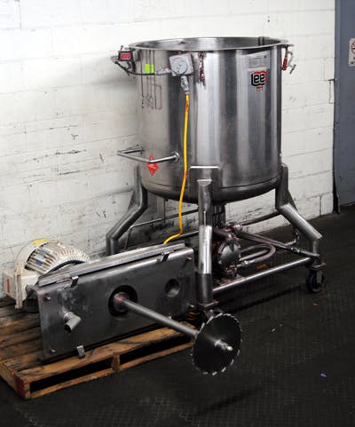 LEE 150 GALLON STAINLESS STEEL TANK Mixing tank sold by Union Standard Equipment Co