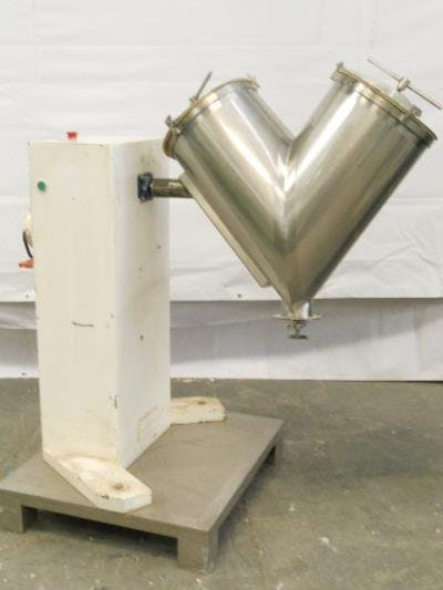 Stainless steel 2.6 cu-ft powder mixer Blender sold by Union Standard Equipment Co