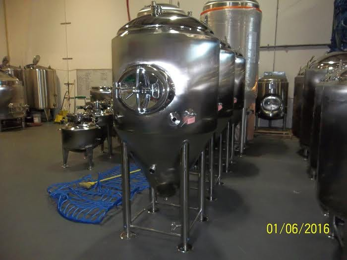7 bbl jacketed fermenter Fermenter sold by GLACIER TANKS