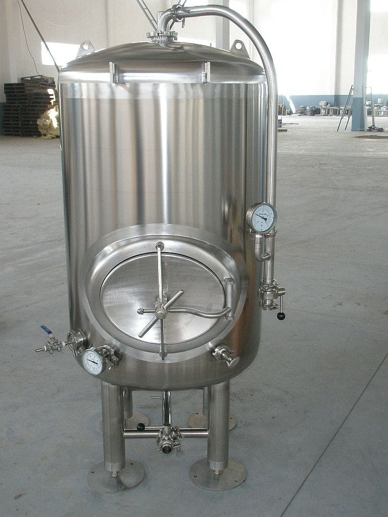 4 bbl serving tank Bright tank sold by Ager Tank & Equipment Co.