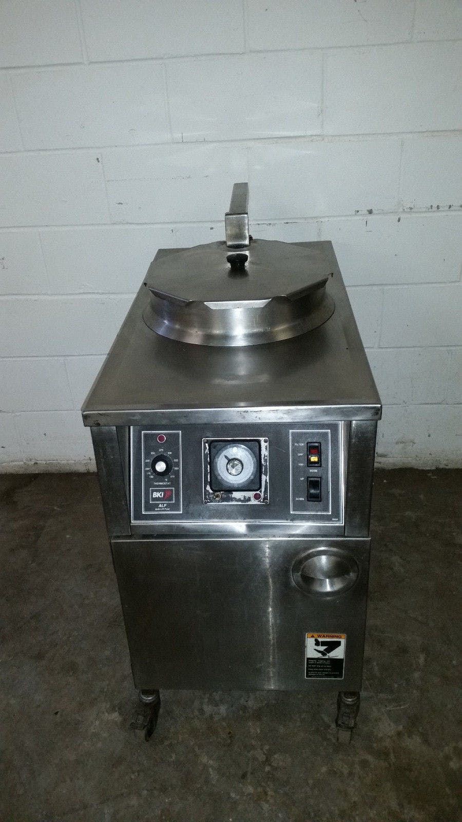BKI ALF-F48 Electric Auto Lift Chicken Fryer Filtration Deep Fat Tested 208 Volt - sold by Jak's Restaurant Supply