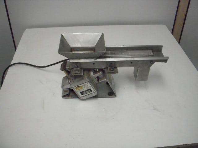 ERIEZ MAGNETICS 20A STYLE 26 Vibratory Feeder Tablet deduster sold by Aevos Equipment