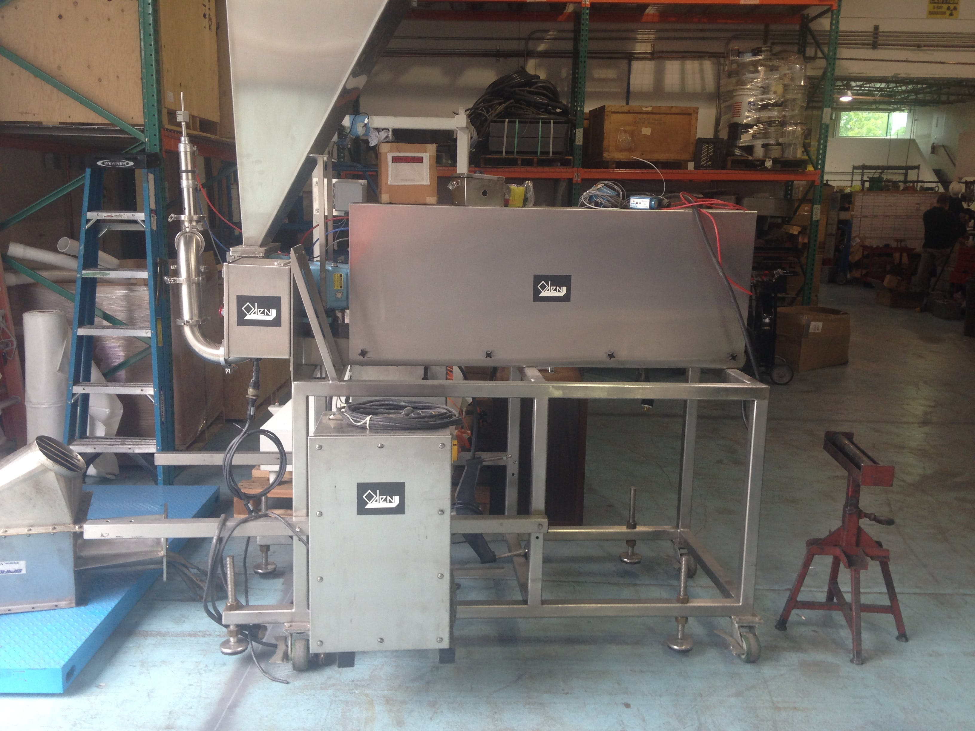 Feeders Feeder sold by ABM Equipment Company
