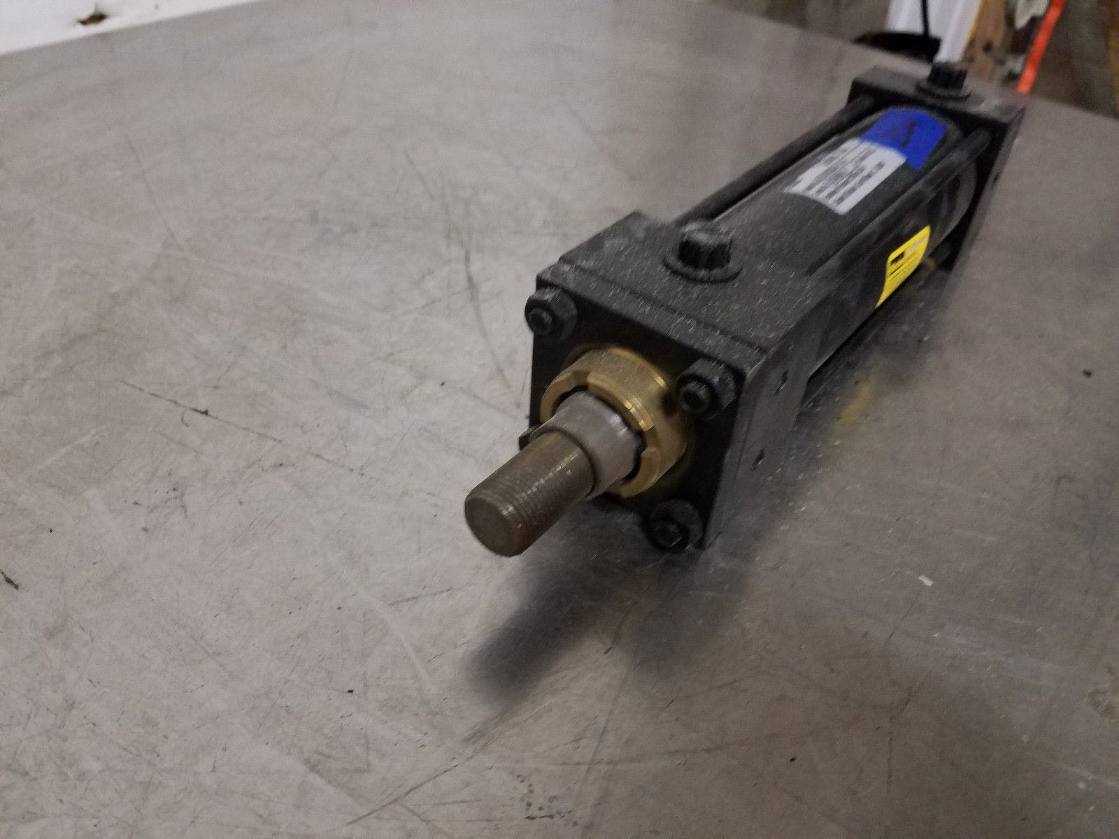 Parker Series 2A 02.00 CBB2AU34C 5.000 250 Psi Air Pneumatic Cylinder New Old St - sold by Jak's Restaurant Supply
