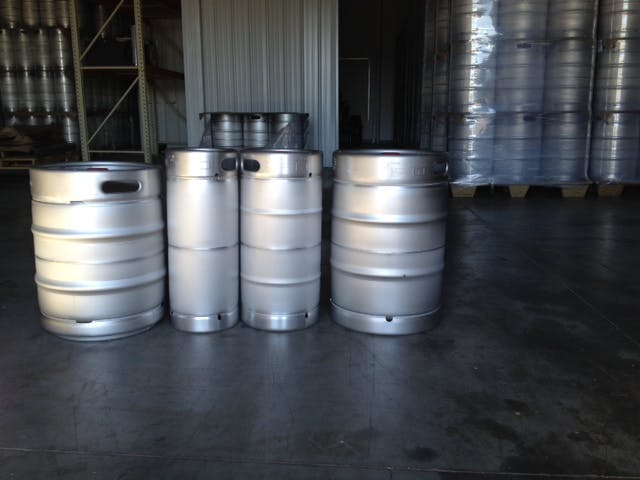 German made Schaefer kegs with the D style fitting - sold by C&C Kegs [CLOSED]