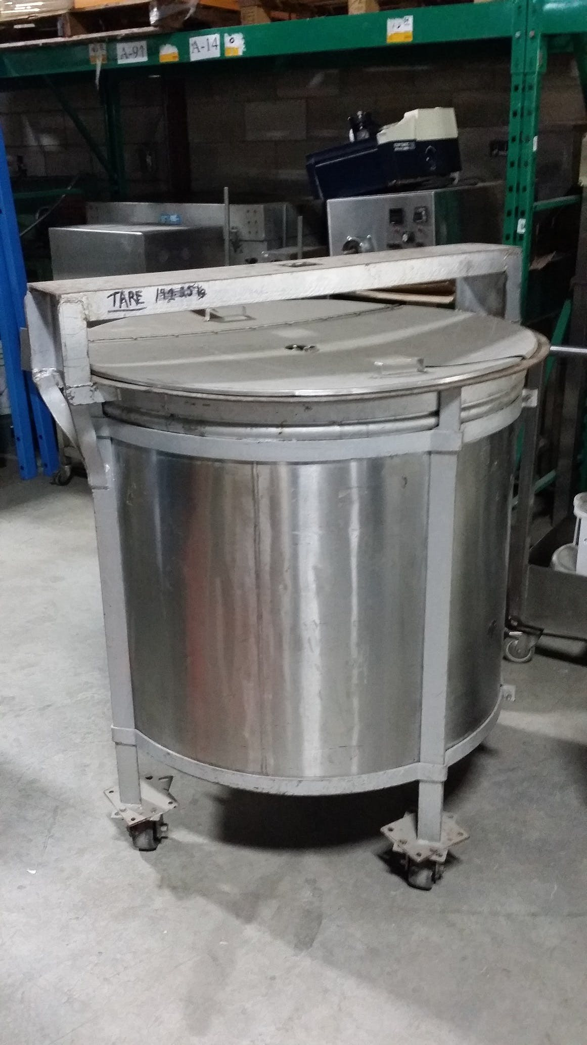 Stainless Steel Single Wall tank - 650 liters (172 gallons) Food tank sold by Aevos Equipment