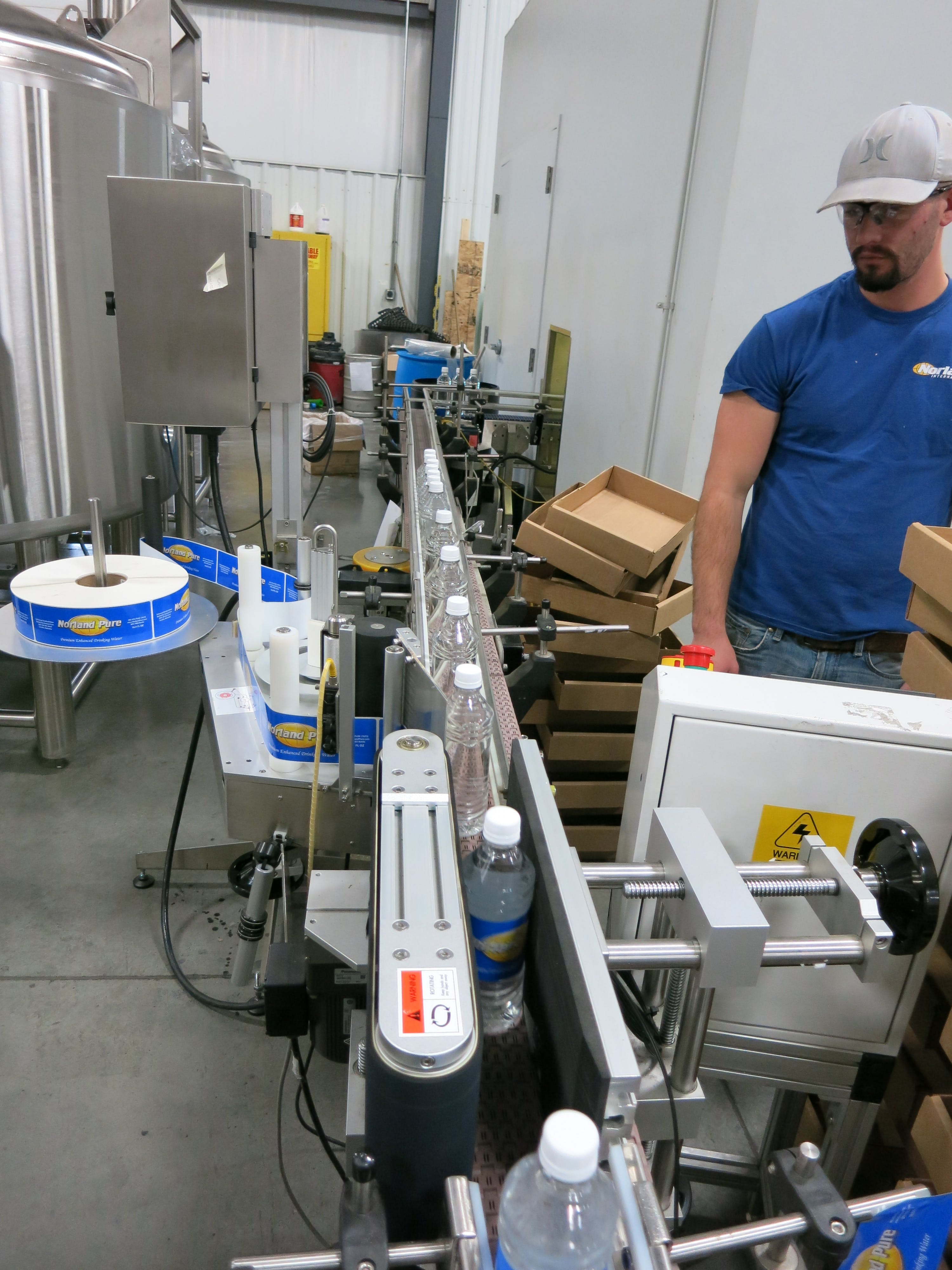 LC 5000 Labler Bottle labeler sold by American Beer Equipment