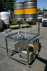 Manual 2 head keg washer Keg washer sold by brewery Direct