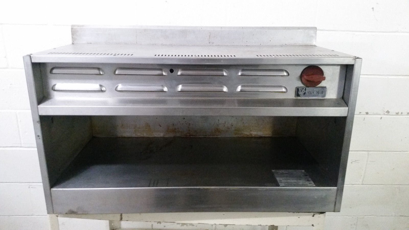"""Wolf Range Natural Gas Cheese Melter CMJ36-29 No Rack Tested 36"""""""
