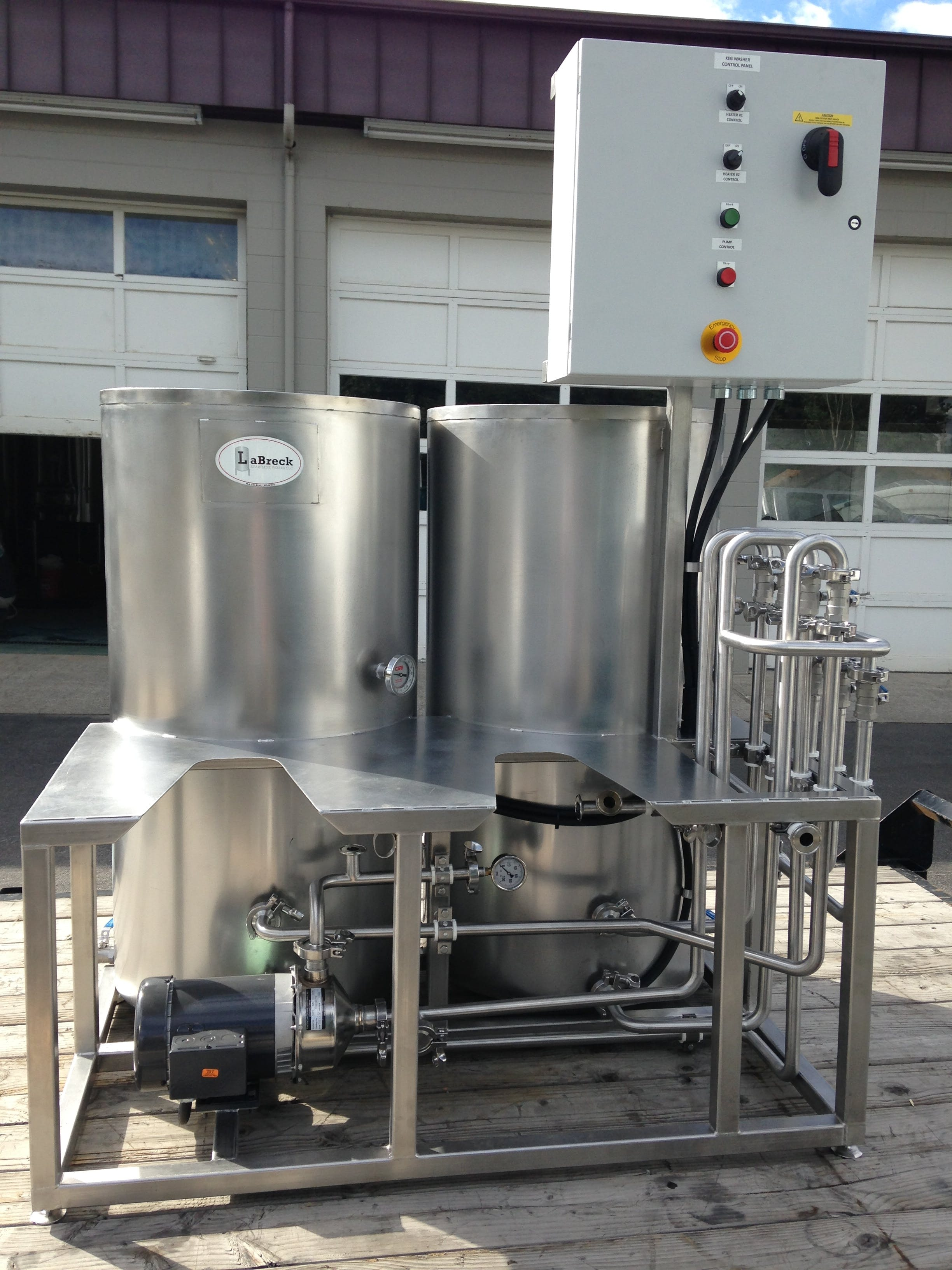 Domestic 2 head keg washer Keg washer sold by LaBreck Stainless Works