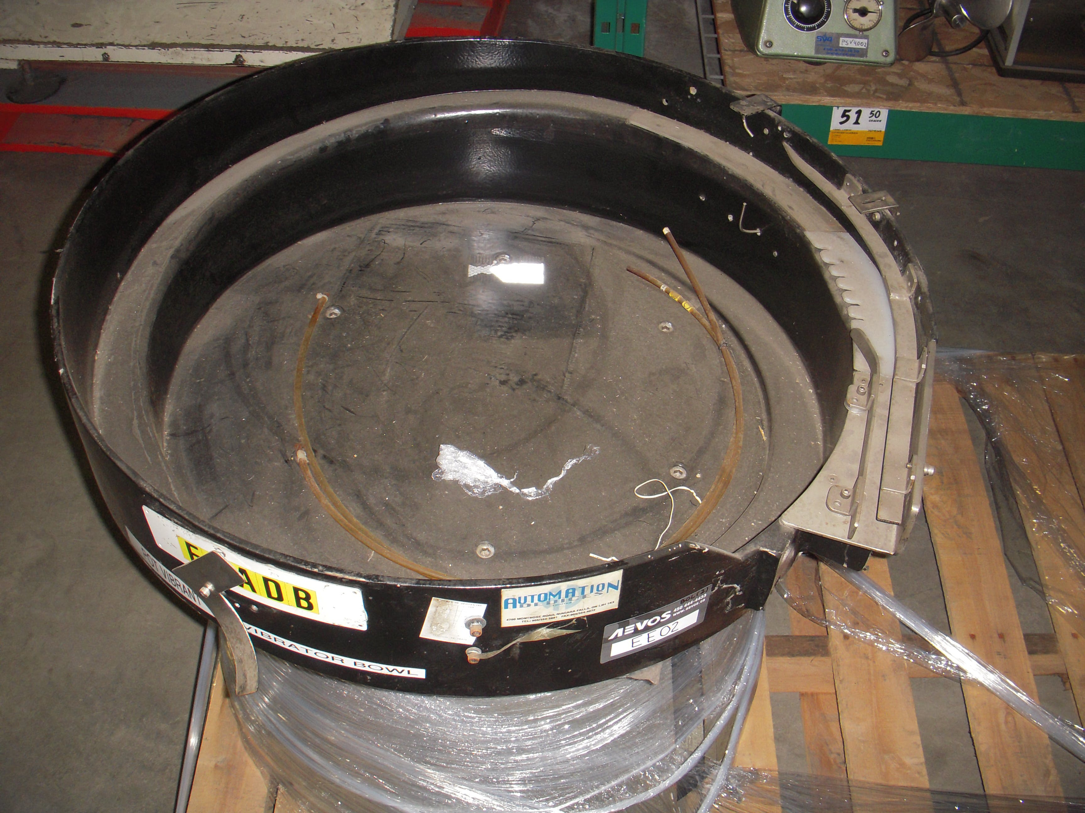 AUTOMATION DEVICE Vibratory bowl feeder
