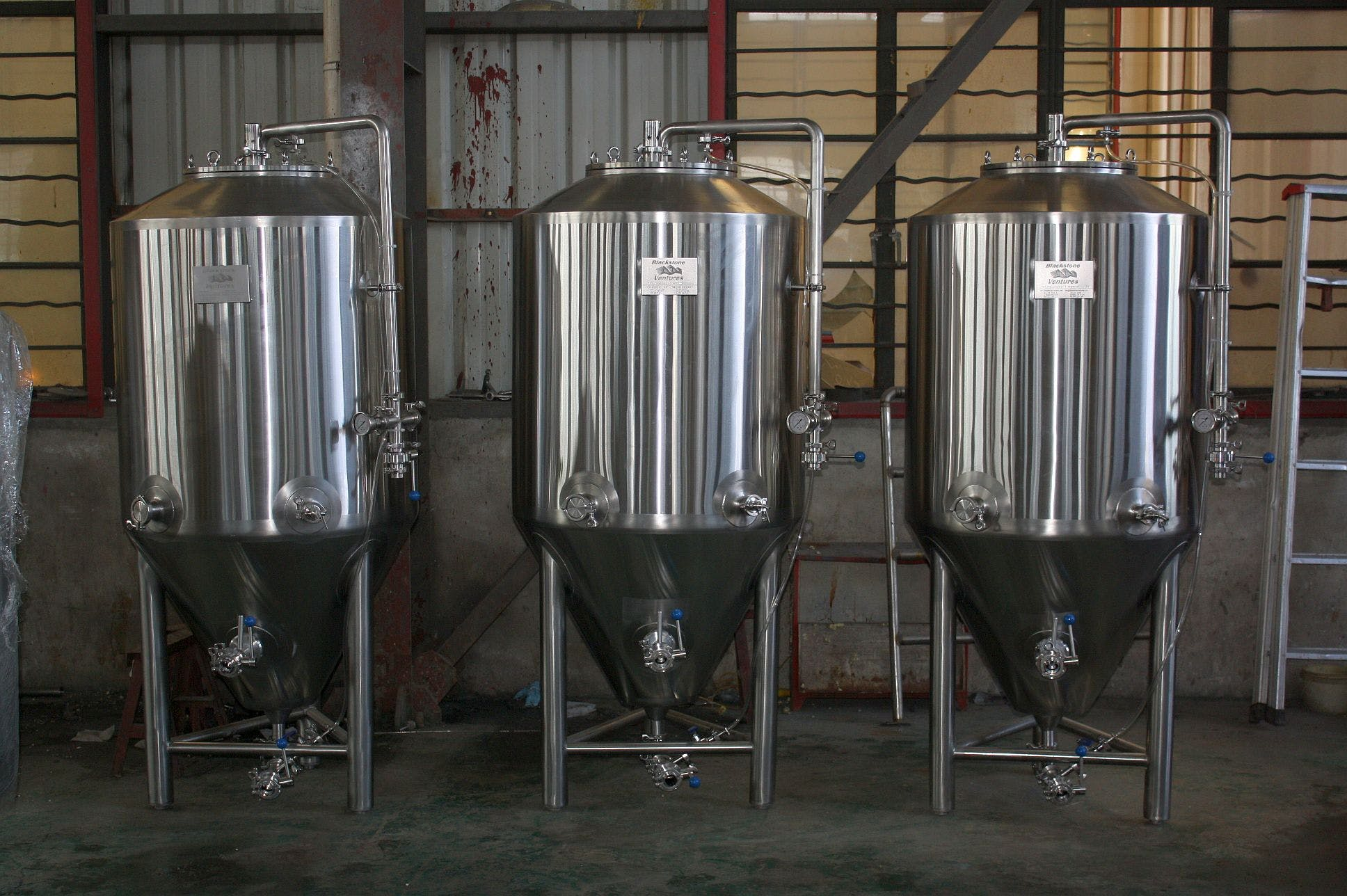 3.5 bbl fermenters Fermenter sold by Ager Tank & Equipment Co.
