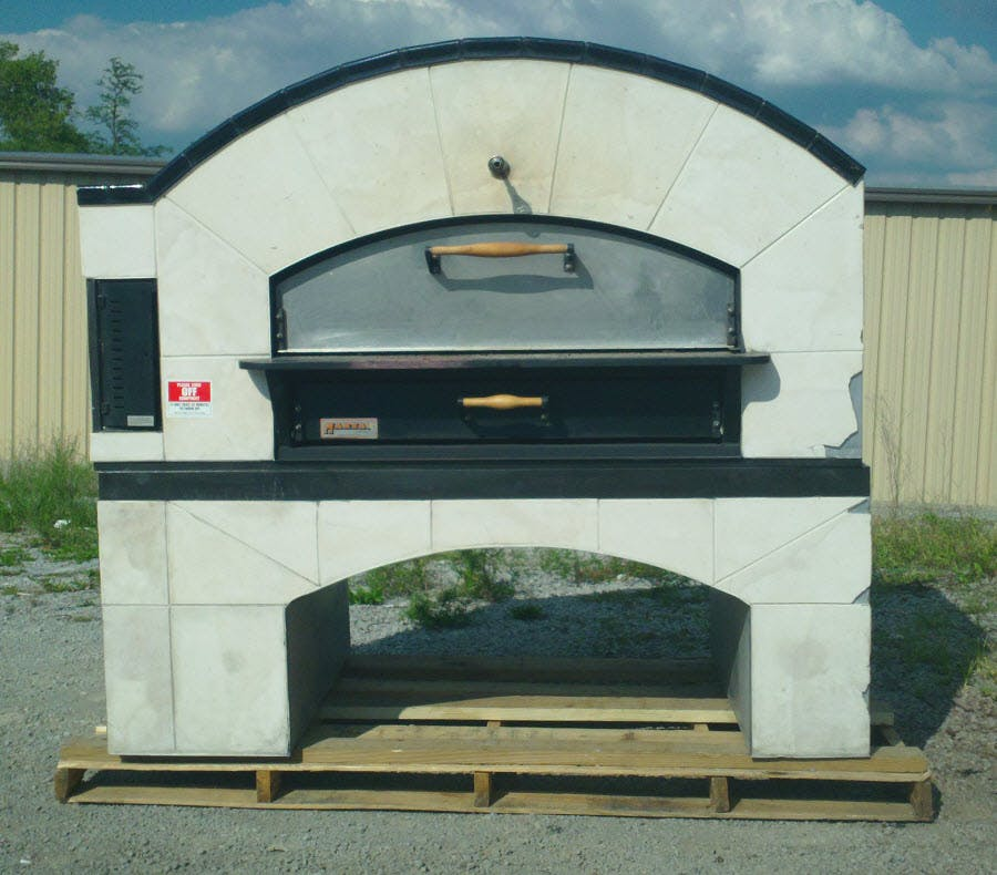 Pre-Owned Marsal MB-60 Brick-Lined Gas Deck Oven Commercial oven sold by pizzaovens.com