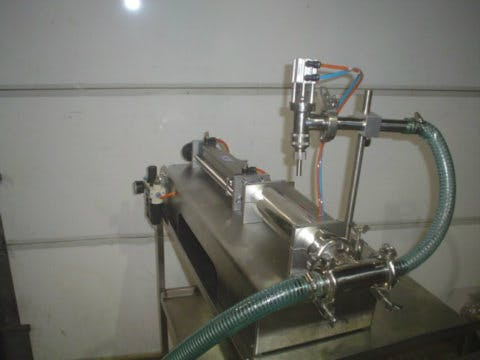1000 mL Pneumatic Piston Filler (A8244)
