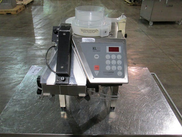 KIRBY LESTER COUNTER, MODEL KL25 Tablet counter sold by FEDERAL EQUIPMENT CO.