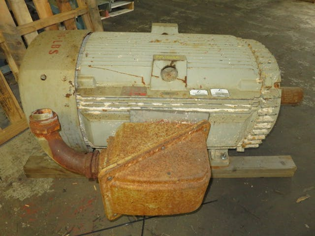 200 hp General Electric AC Motor 1190 Rpm Motor sold by Peak Machinery Inc.