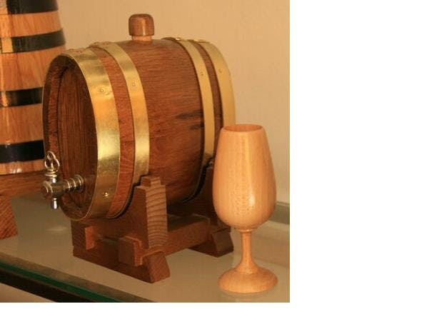 OVAL BARREL Whiskey barrel sold by TONECOR SL