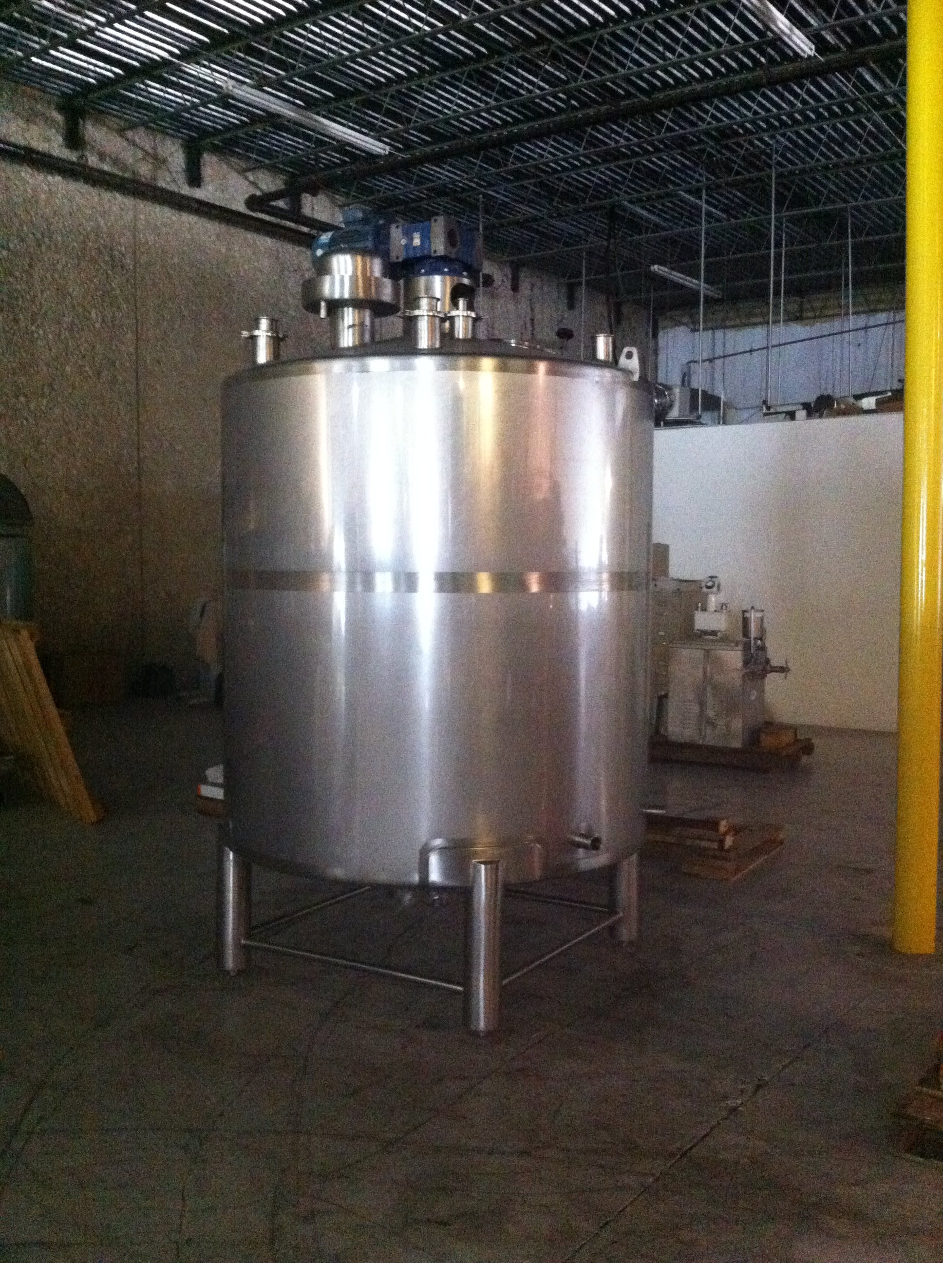 1000 gallon batch Pasteurizer sold by Savery USA