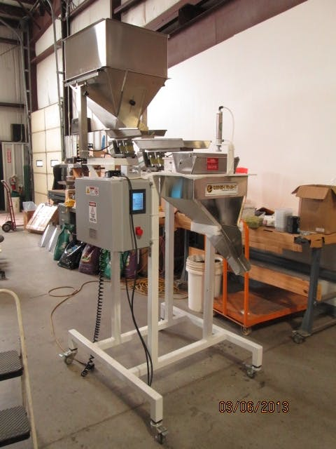 Weigh Right IQ 1E Filler Bagging system sold by Southwest Packaging Equipment