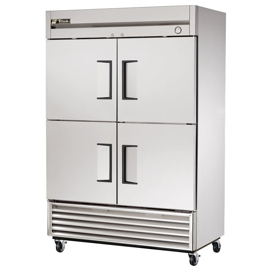 True TS-49-4 Reach-In Refrigerator (2 section/ 4 half doors) Commercial refrigerator sold by pizzaovens.com