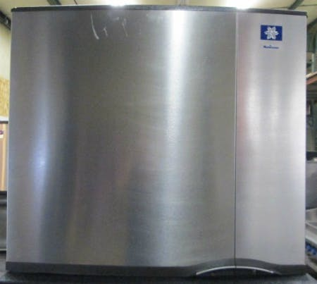 MANITOWOC 0323W COMMERCIAL ICE MACHINE MAKER  Ice machine sold by Phoenix Equipment Brokerage
