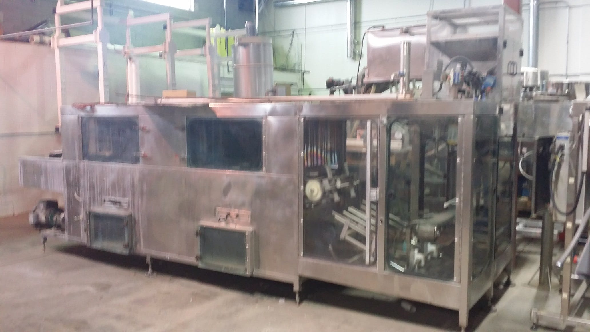VICKING 250L Rinser/Filler/Capper 11 and 18L - sold by Aevos Equipment