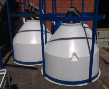 Lot (3) Plastic Tank - 500 liters (132 gallons) Plastic tank sold by Aevos Equipment