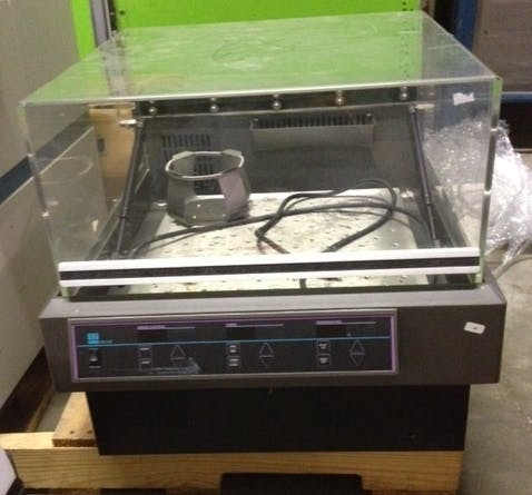 LAB-LINE 4628 Shaking Incubator (Used) - sold by Aevos Equipment