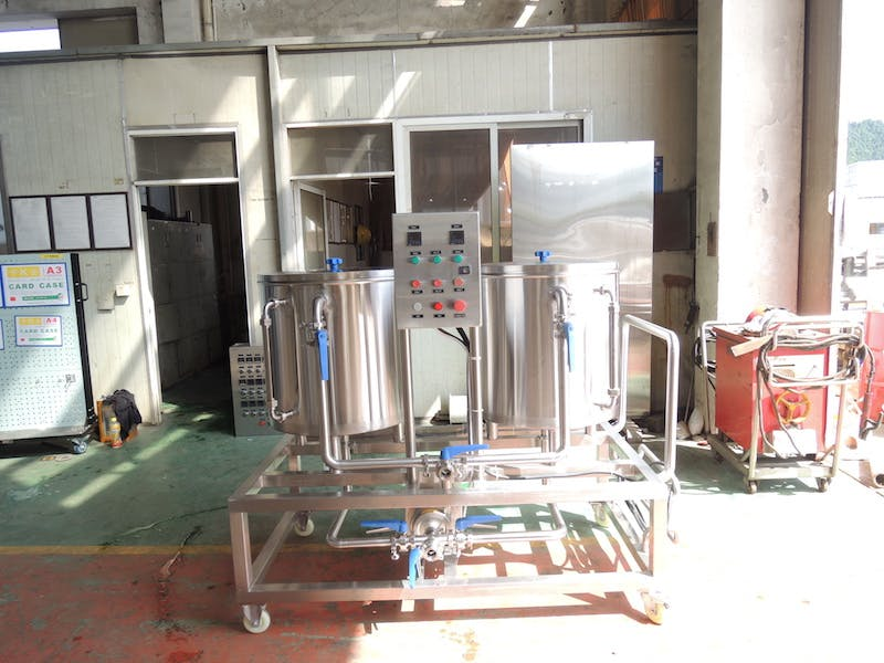 Insulated 2-Vessel 100L CIP Cart CIP system sold by Brew-Tek