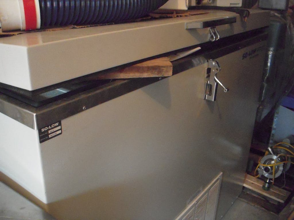 SO-LOW Freezer -86 Commercial freezer sold by Aevos Equipment