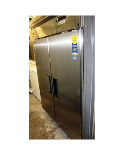 "EVEREST ESF2 DUAL SOLID DOOR UPRIGHT REACH-IN FREEZER 49.75"" Commercial freezer sold by NJ Restaurant Equipment"