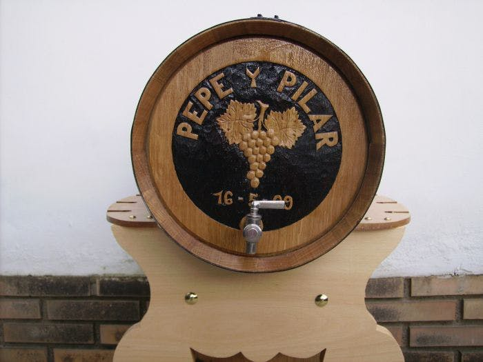 oak barrel Whiskey barrel sold by TONECOR SL