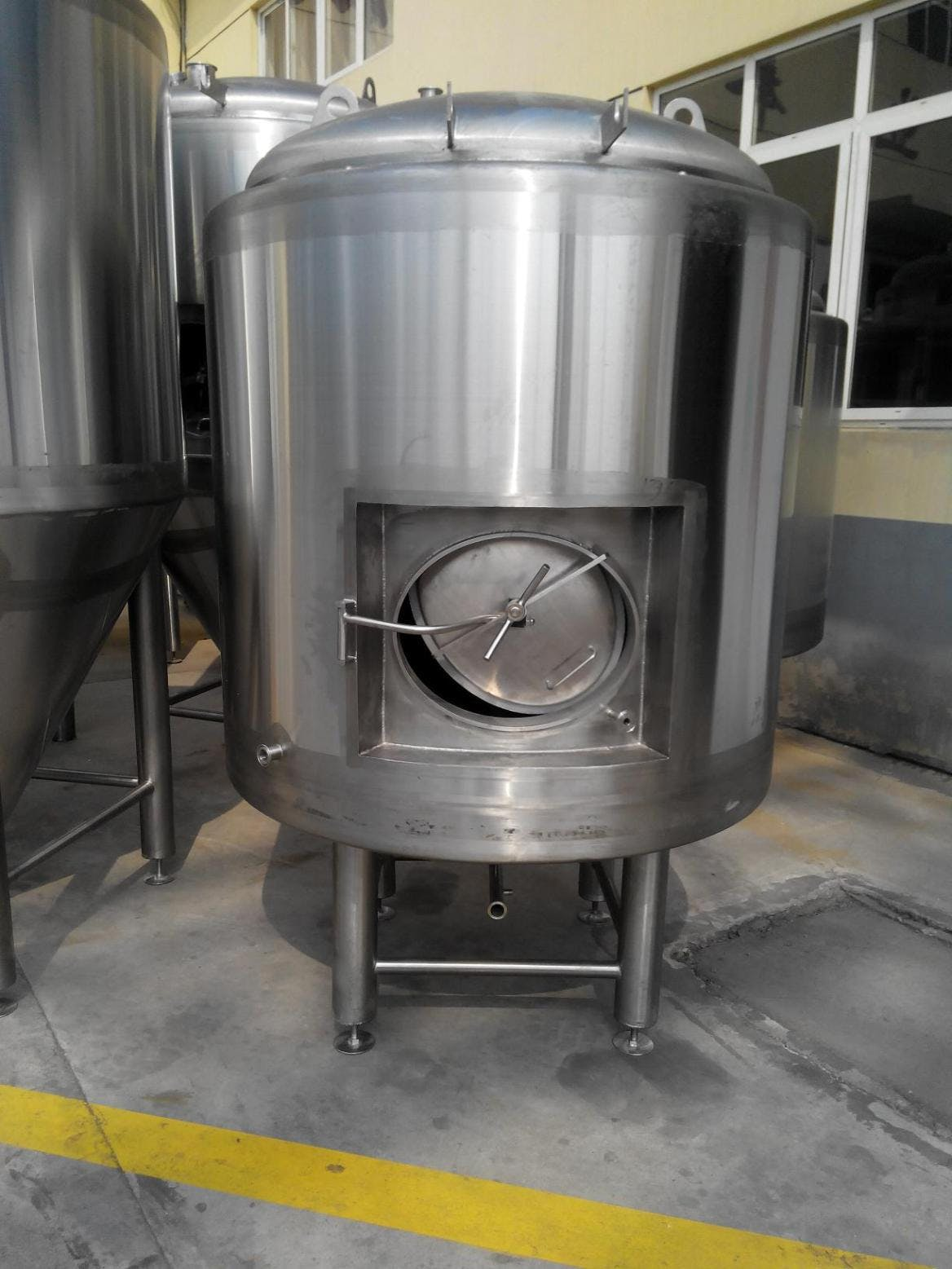 10 BBL Bright Tank - Jacketed