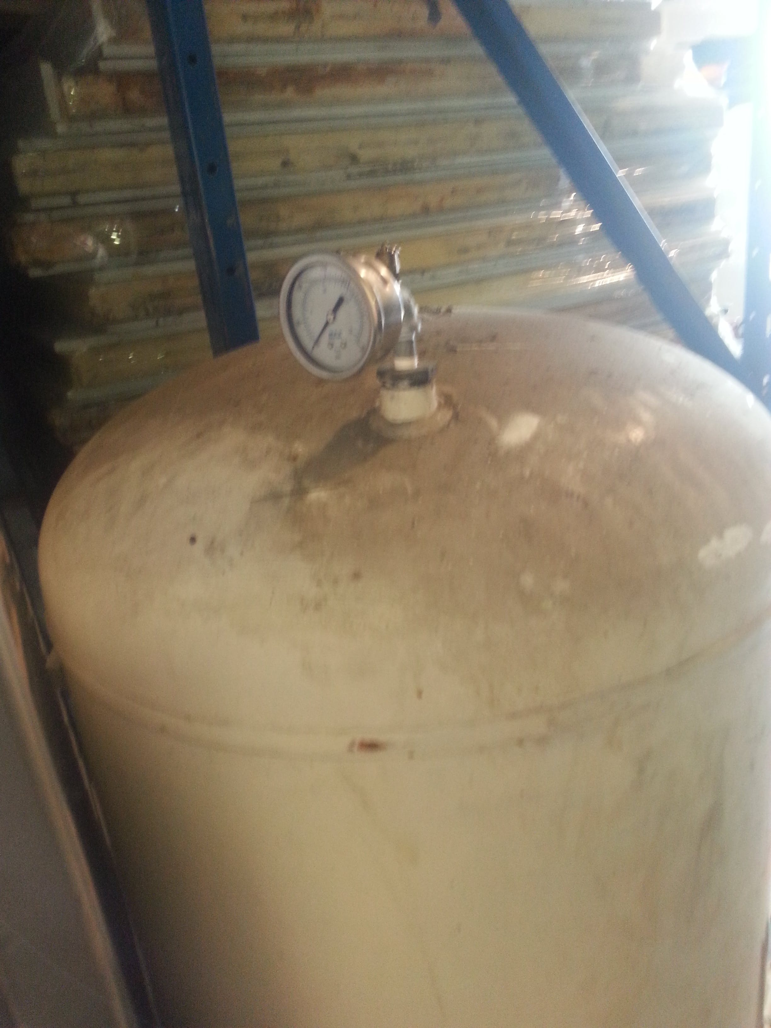Compressed Air Tank - 500 liters (132 gallons) - sold by Aevos Equipment