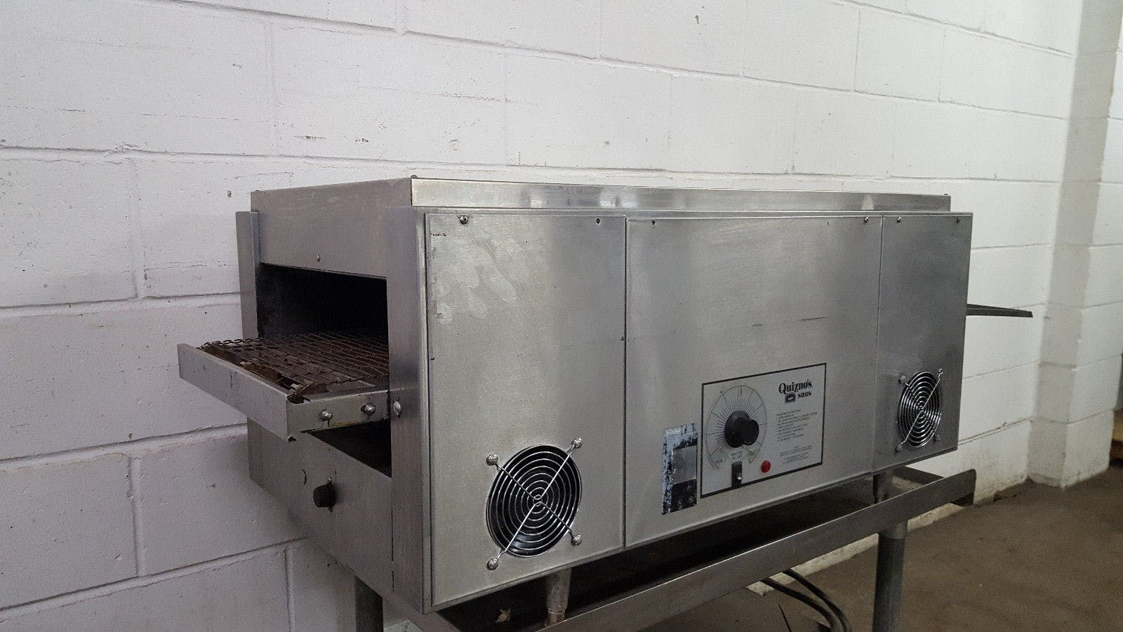 QT14 Holman Conveyor Pizza Sandwich Oven Tested 208v - sold by Jak's Restaurant Supply