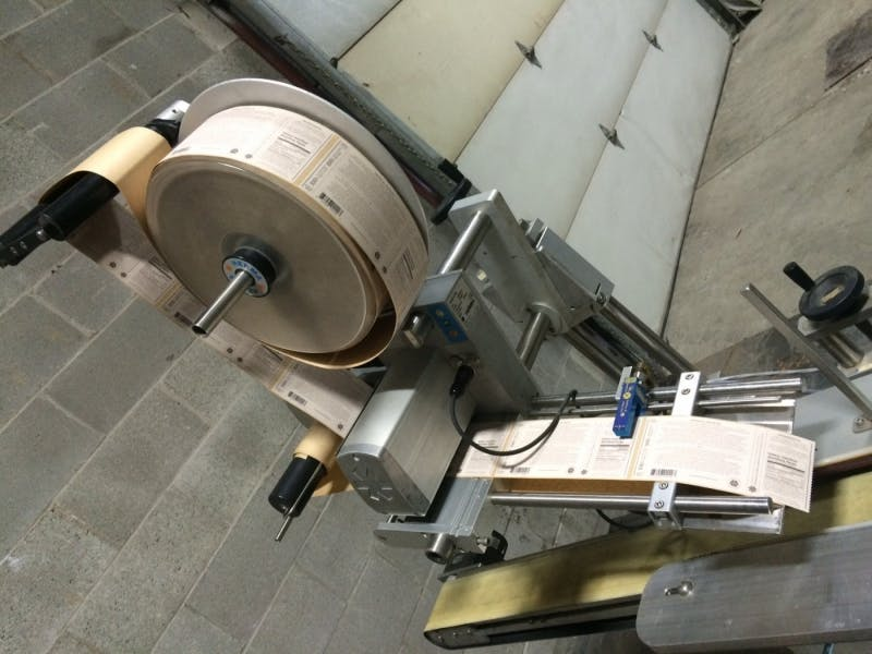 AESUS ECO582 Automatic Top labeler - sold by Aevos Equipment