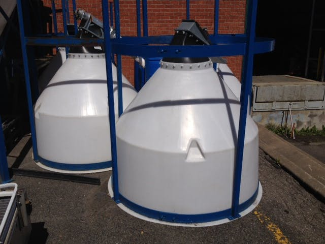 Lot (3) Plastic Tank - 500 liters (132 gallons) - sold by Aevos Equipment