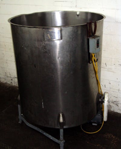 ERTEL MODEL 533J 500 GALLON STAINLESS STEEL AGITATED TANK Mixing tank sold by Union Standard Equipment Co