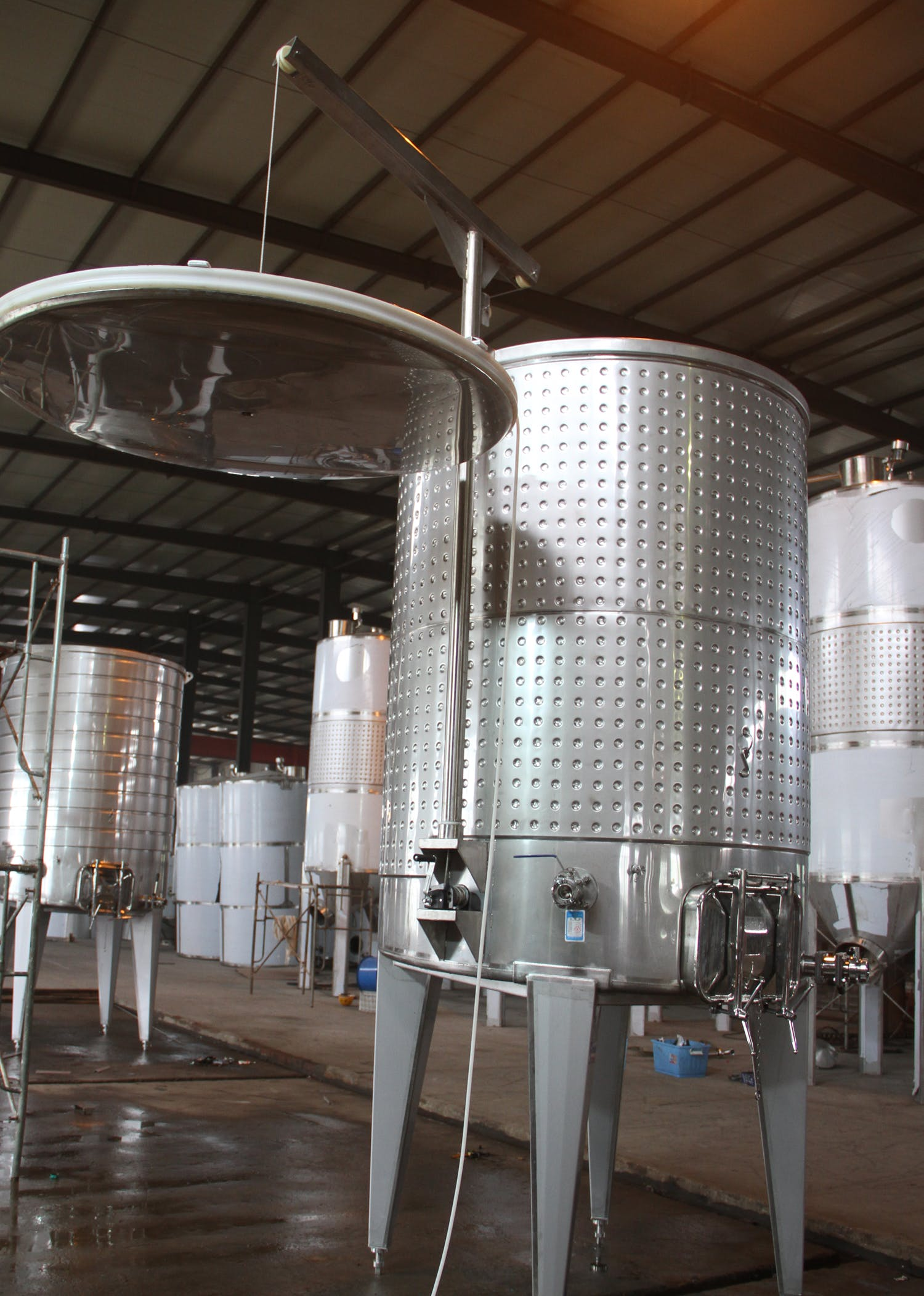 Variable Capacity Tanks Wine tank sold by Prettech Canada