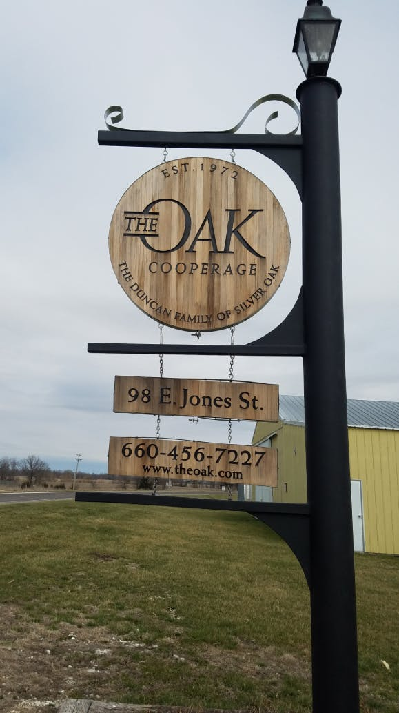 The Oak Cooperage logo